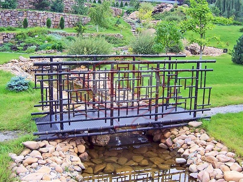 Ограждение мостика. Кованый бамбук